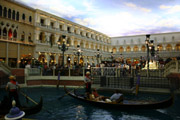ベネチアンの運河
