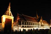 王宮周辺のライトアップ