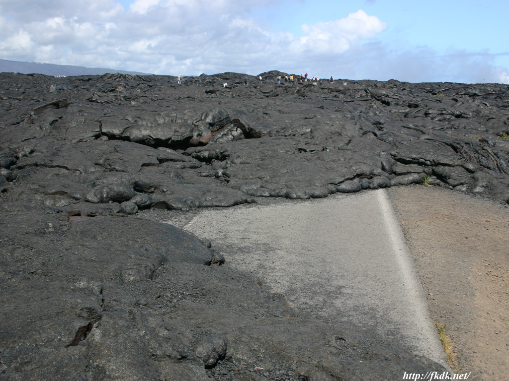 溶岩と道路1