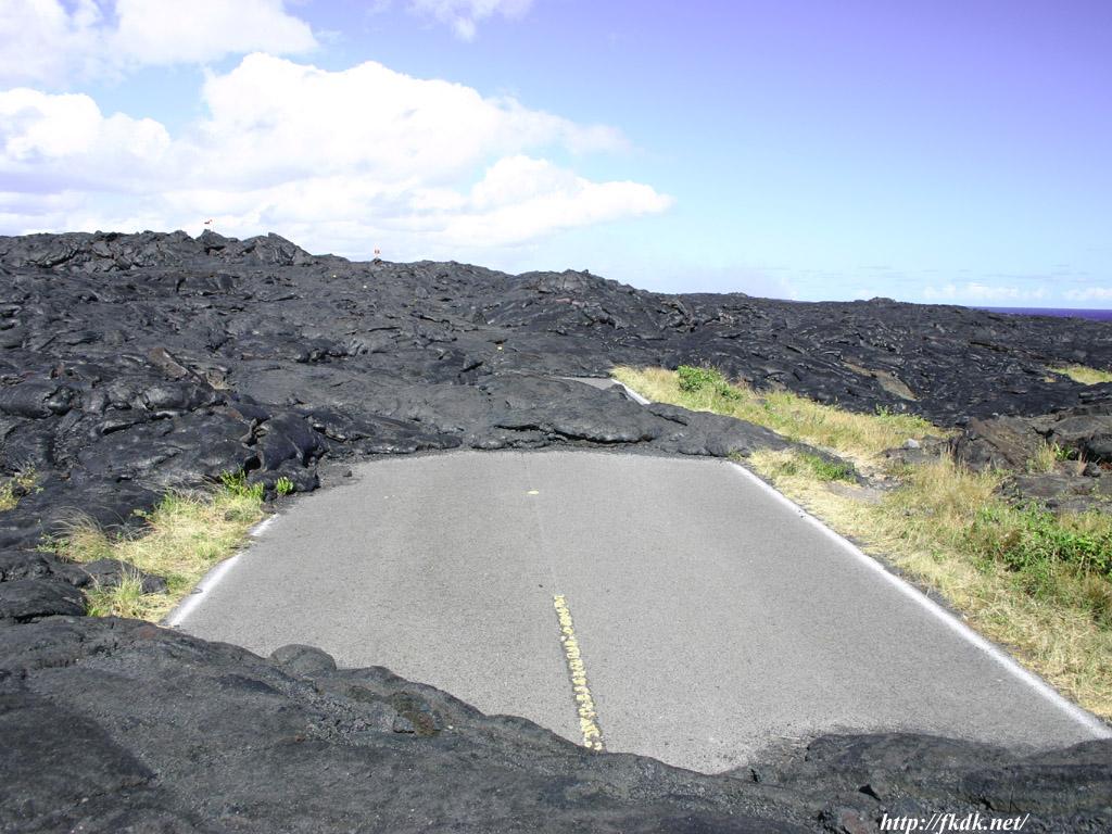 溶岩と道路2