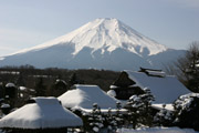 忍野八海と富士山の壁紙