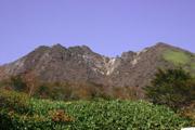 峠の茶屋からの朝日岳の壁紙