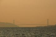 明石海峡大橋の夕景の壁紙
