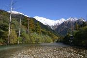 梓川と穂高連峰の壁紙