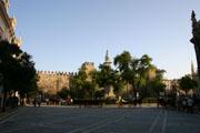 アルカサル前の広場の壁紙